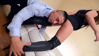 Horny stud savours fascinating With sharon Lee's long legs simultaneously in shoes