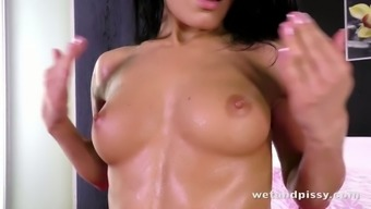 Sexy Lexi Dona interests to utilise her pussy pump out during her natural environment lick classes
