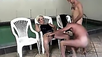 Senior brown in stockings MMF threesome