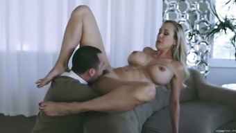 Brandi Absolutely adore addicted using a hadsome enthusiast to produce a great fuck
