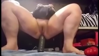 Mum Milf Resort Gangbang Balck Cocks