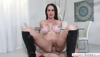 uk milf mckenzie lee can take fat macronutrients lift way up her stupid ass in pov