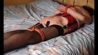 Beginner slave Extreme Chained