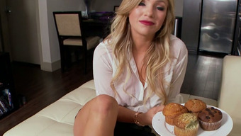 Great blond hen Cameron Dee swallows sugary junk of the guy ardently