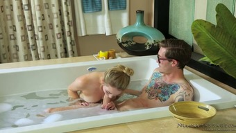 Tremendously warm masseuse Seraph Smalls knows how to share an exotic massage therapy