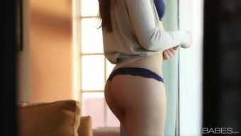 Lovely erotic seduce with the use of slender youngster