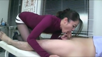 Physician Blowjob and upper legs task