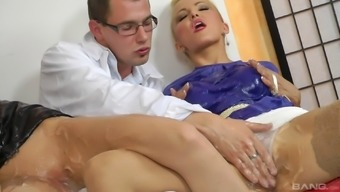 Perverted pornstars in attractive unvarying taking pleasure in a natural environment clothed sex groupsex behavior