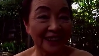 Japaneese granny, siep2 - being intimate with