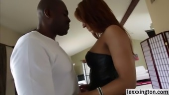 Plus size babe Sophia Fiore expertly needs a dark colored phallus