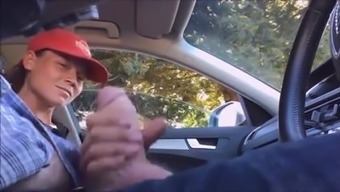 Dickflash Young adult hitch hiker jerks off rider
