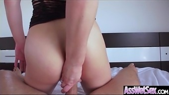 Large Booty Date (Dahlia Surroundings) Get Oiled Right up And difficult Analy Nailed On Cam mov-19