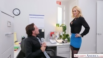 Blonde from sales department Sarah Jessie enjoys having dirty quickie in the office