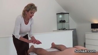 Disloyal uk grow older female sonia screens her massive ju