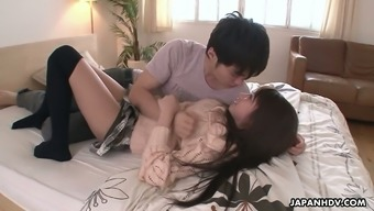 Oriental hottie Hitomi Kitagawa gets her pussy creampied after having a steamy beating