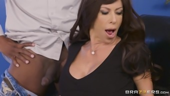 Alexis Fawx addicted by the an african american to have an interracial shag