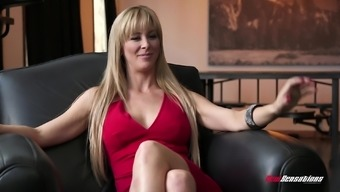 Adaptable Cherie Deville gets her wet clit defeated by a good friend