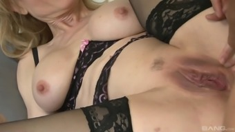 Nina Hartley gets wrote into cycling a lift like never before