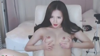 Sensual korean camgirl teases with her hot body