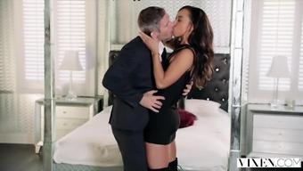 Fox Teanna Trump Has AMAZING Passionate Sexual intercourse