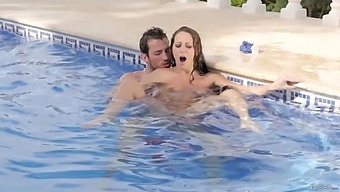 MILF on fire gets laid with the pool guy and she loves it