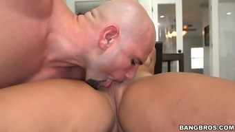 adrian maya gets her bad fats ebony pussy licked and fingered