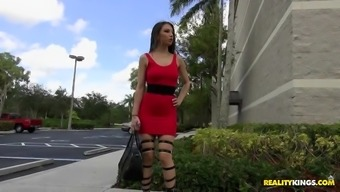 alexis rodriguez was noticed in a sexy footware and thighs