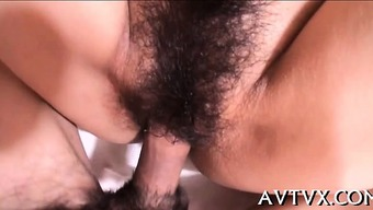 Horny japanese darling ravishes a penis with her your mouth