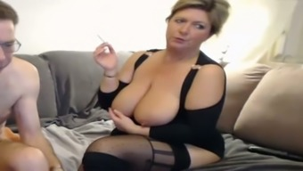 Plump blond mature provides the student scalp and rubs her slot