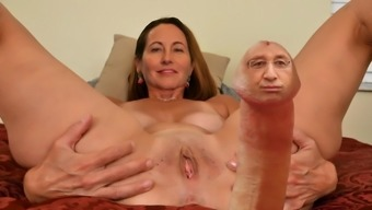 ASMR avec Segolene Royal (FAKE)