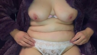 Partners mum uncovering tits and pussy in wearing your clothes attire