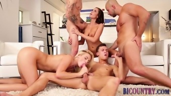 Business introducer dudes fuck during orgy