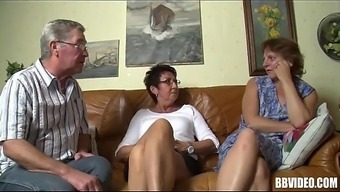 Bisexual German born MILFs Fuck in Threesome