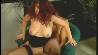 A chubby MILF in stockings gets exploded by a little man