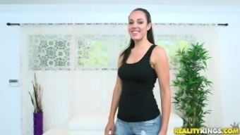 Possibility Lords - Tawny Taylor stinks angle