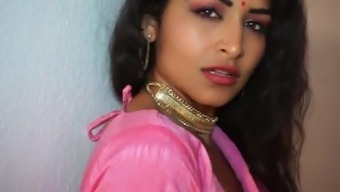 Maya Rai Seductive Dance by Mature Indian on Hindi song